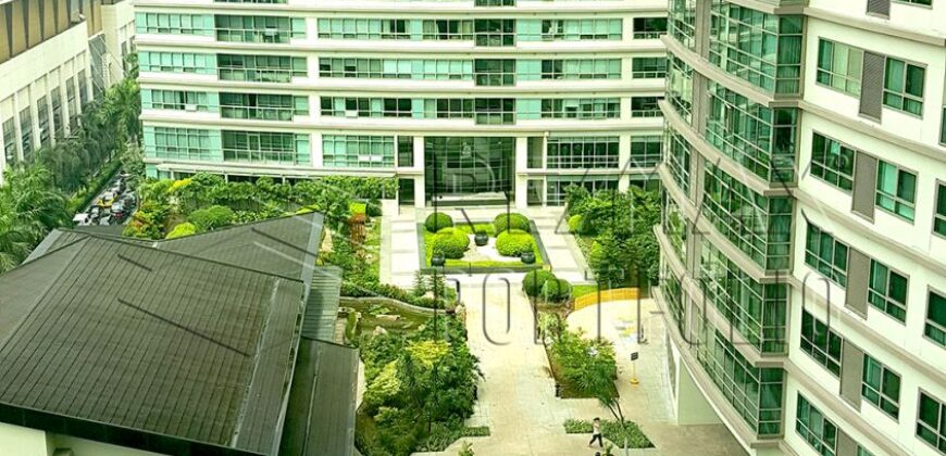Special 1BR Unit The Residences at Greenbelt