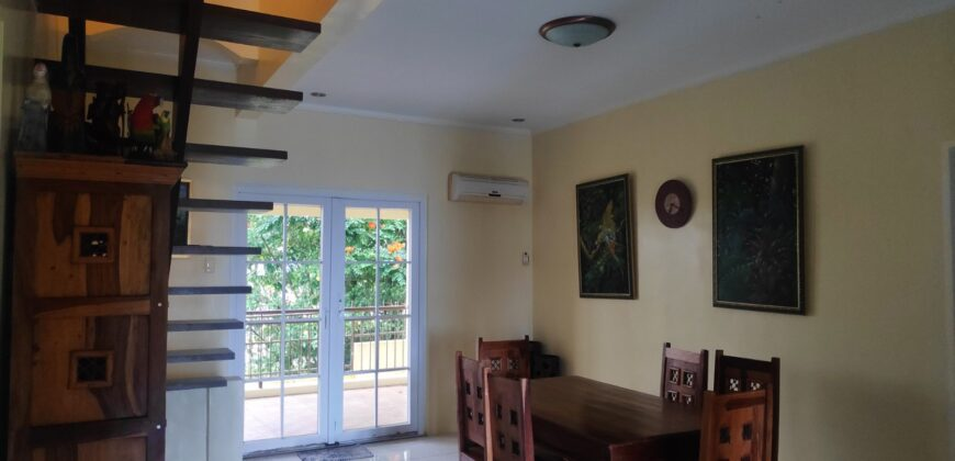 House and Lot in Southridge Estates, Tagaytay