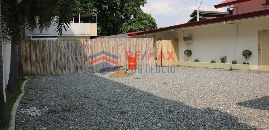 Commercial building (1,338sqm) in front Robinsons Balibago, Pampanga