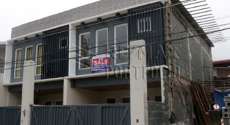 3BR Modern Townhouse in Montalban