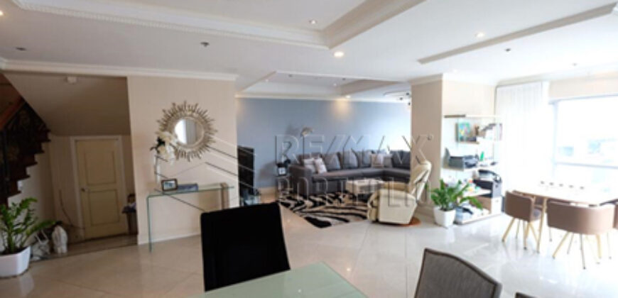 2/3BR Penthouse in Lansbergh Place, QC