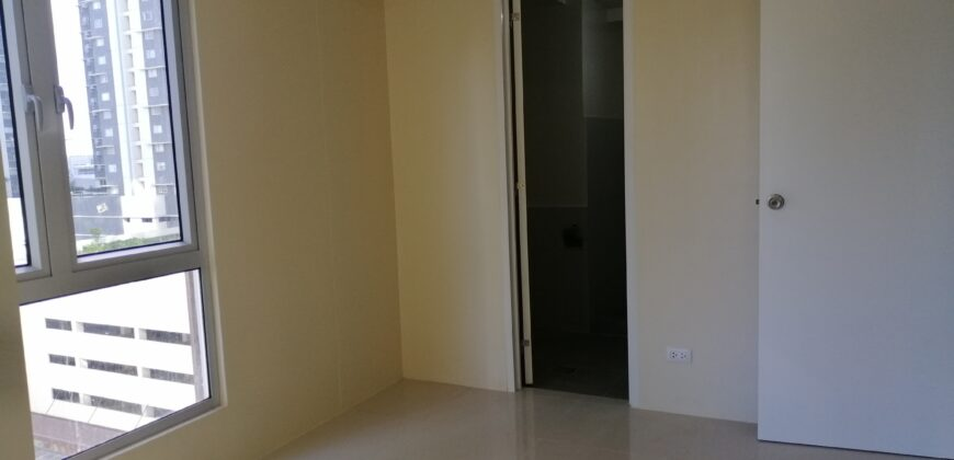 2 BR Condominium in Montane BGC, Taguig