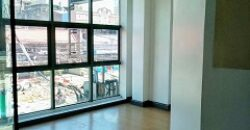 FOR LEASE! 39 sqm commercial space in Timog Ave. for Php 28,212.60 per month!