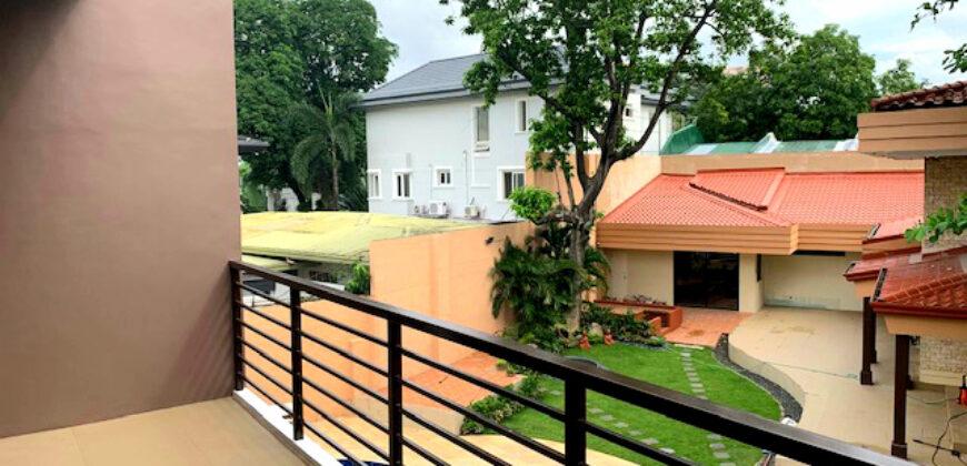 Resort-Type House Mansion in Blue Ridge B, Quezon City